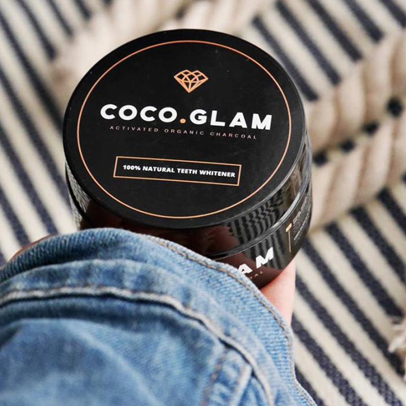 Testujemy Coco Glam: czy to najlepsza metoda na wybielanie zębów?